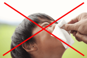 子供 鼻血 止め 方